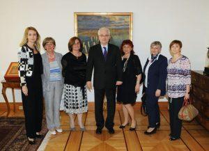 Predsjednik Republike Hrvatske Ivo Josipović primio predstavnice Hrvatske komore primalja